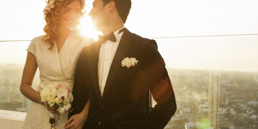 01 HubMaster 2560x1440 2 900x450 - How To Plan Your Own Wedding
